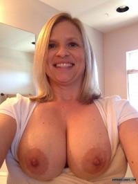 Selfshot Tits