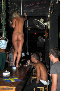 Naked Clubbing