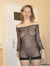Medium Tits