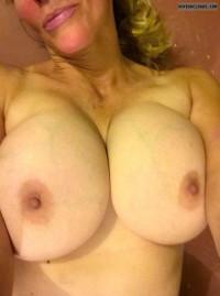 Tits Selfie
