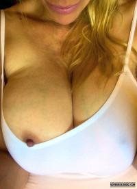 Tit Out