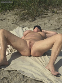 Beach Pussy