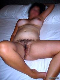 nude wife,mature wife,milf,curvy,hairy