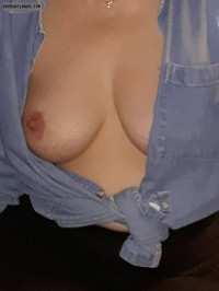 Blouse,cleavage,nipple