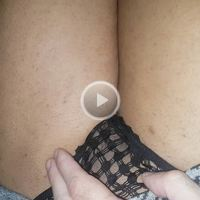Niki's  Pussy Shaved  Video