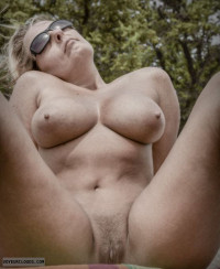 blonde pussy,milf,mommy,cougar,nude