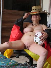 Euro 2020,Spread,Shaven pussy,Juicy