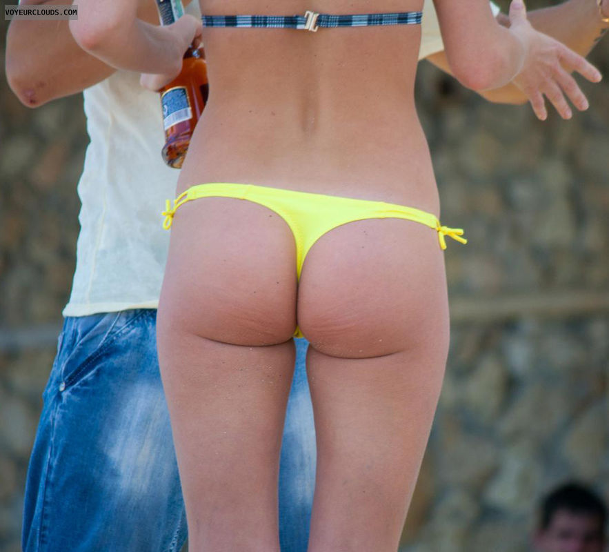 beach voyeur, yellow bikini bottom, ass cheeks, candid woman