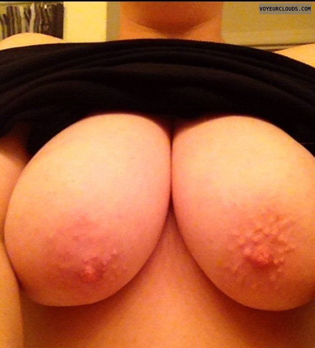wife tits, big tits, big boobs, natural tits, pokies