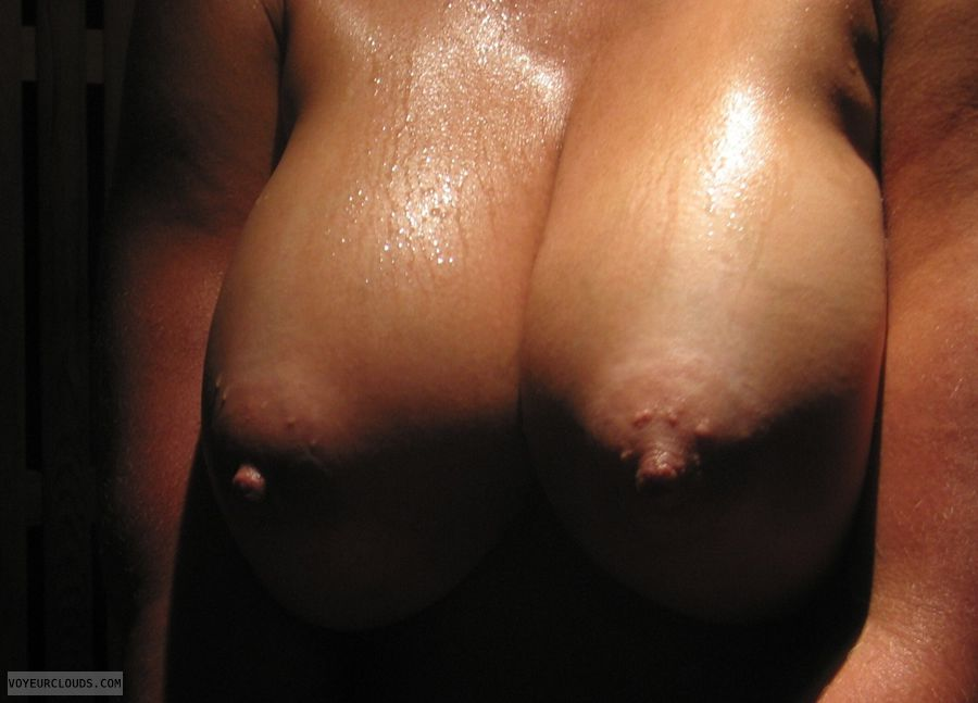 soft tits hard nipples jpg 1152x768