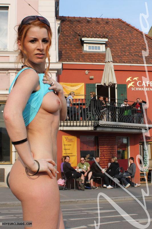 Vienna, nude, redhead, public