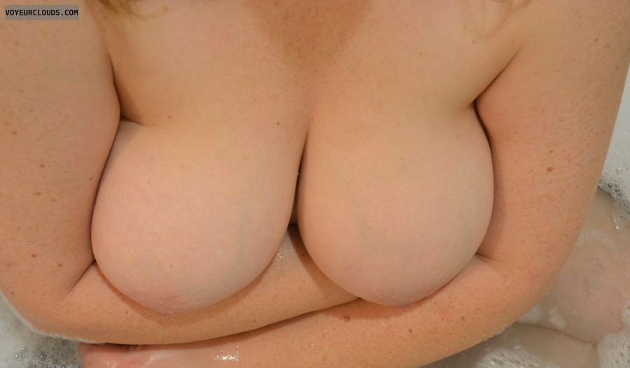wife tits, big tits, naturals, boob, cleavage, wife tits