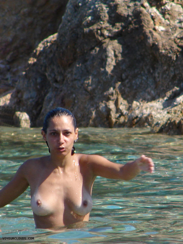 beach voyeur, topless, beach, brunette, tanlines, topless beach voyeur