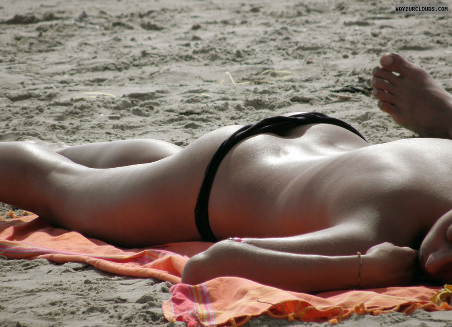 beach voyeur, topless beach, beach ass, black bikini bottom