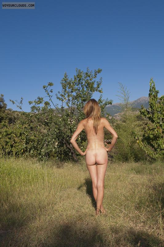 Amateur Nude Postings 101