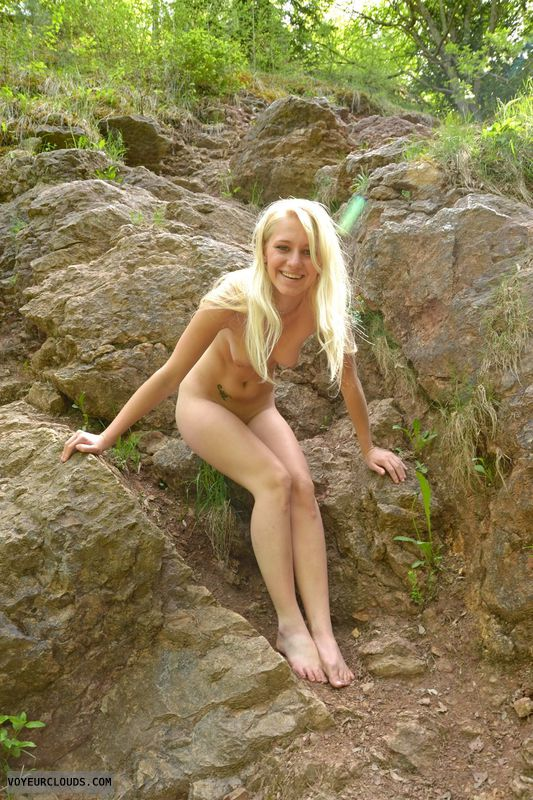 full nude, blonde, beauty, young, barefoot, nature