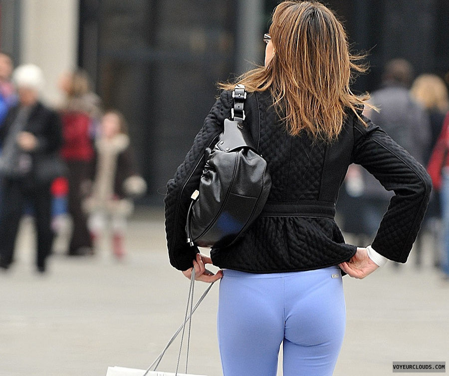 street voyeur, tight pants, VPL, thong, candid woman