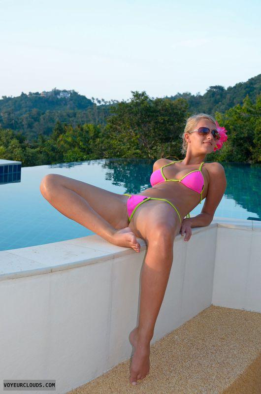 blonde, beauty, young, barefoot, holidays, bikini