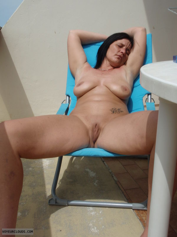 Amateur Nude Wife Pic