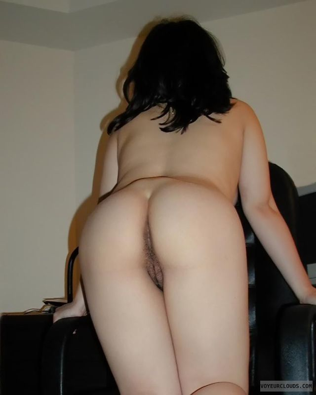 Valuable Pussy with black hair messages