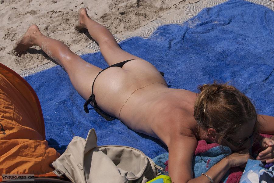 wife bikinis candid