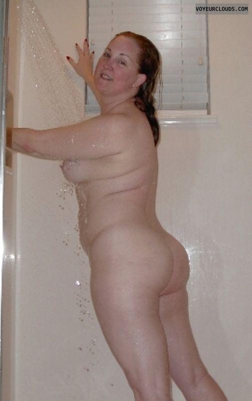 Naked Wfe In Shower