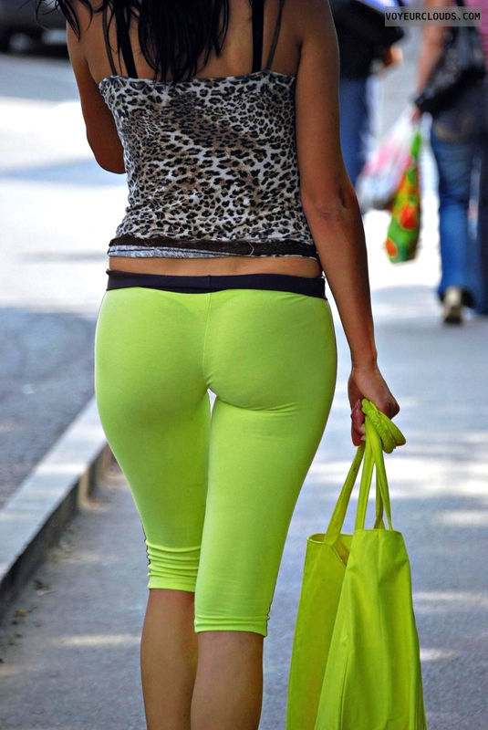 sexy ass, leggings, exposed thong, VPL, tight pants