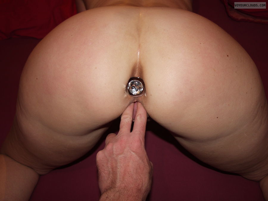 Wife anal fingering