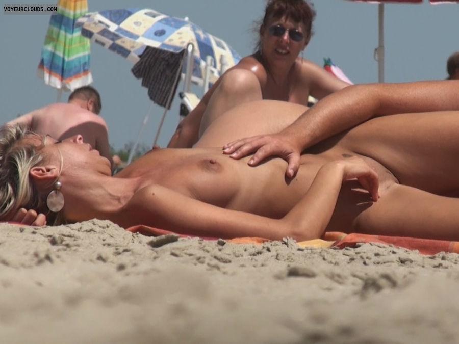 All Beach Voyeur postings by Davigo - Page 1