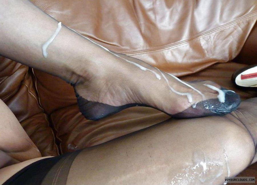 Cum On Nylon Feet