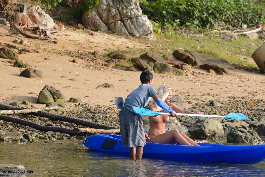 Nude Kayak Women