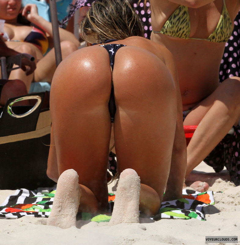 brazilian women bent over naked