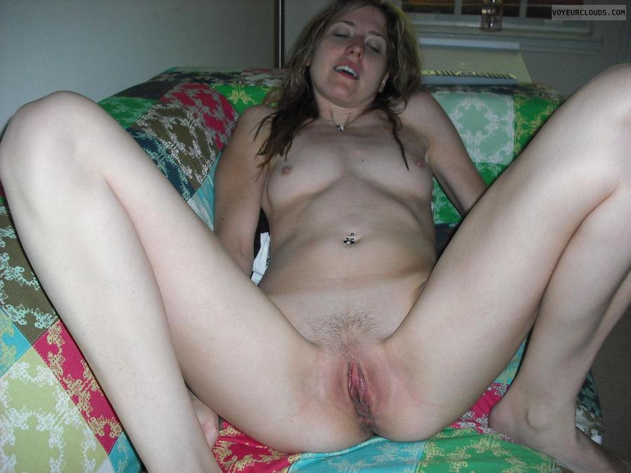 Courtney Naked