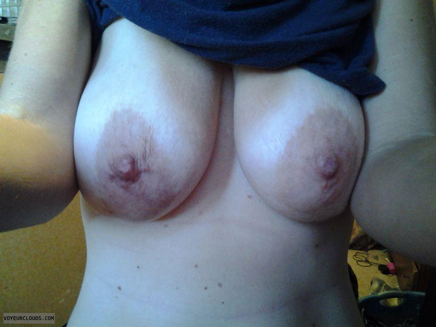 wifes big areolas