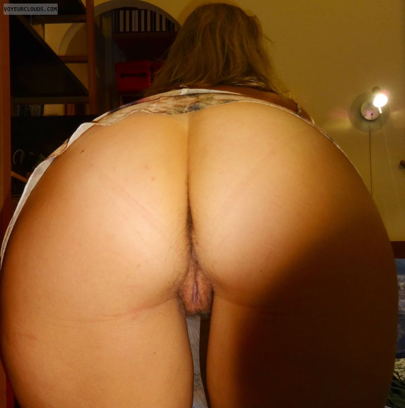 bent over wife pussy Amateur