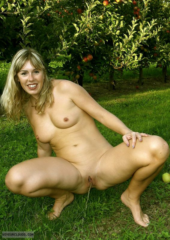 Think, that amateur outdoor piss with