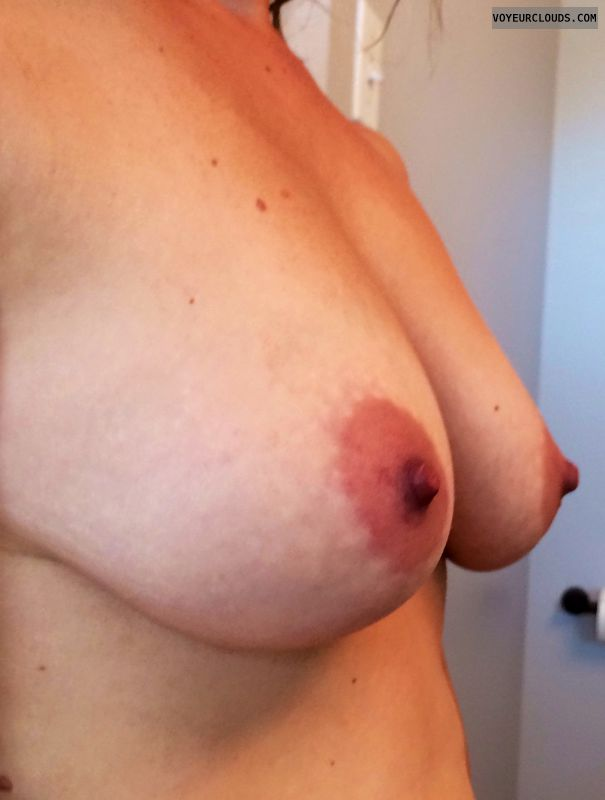 wife tits, wife nipples, blonde milf, profile, tanlines