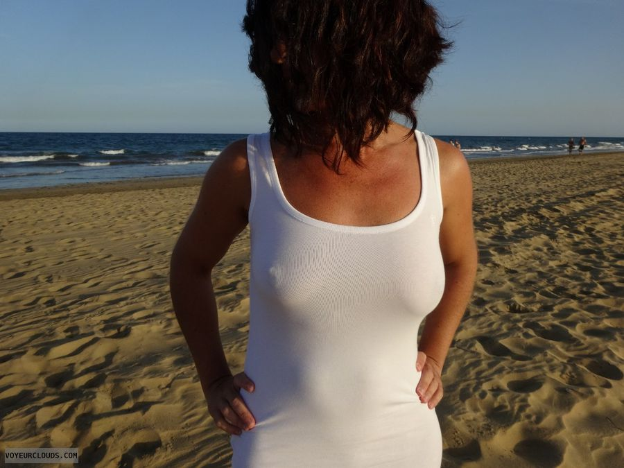 brunette, sand, sea, white dress, shape