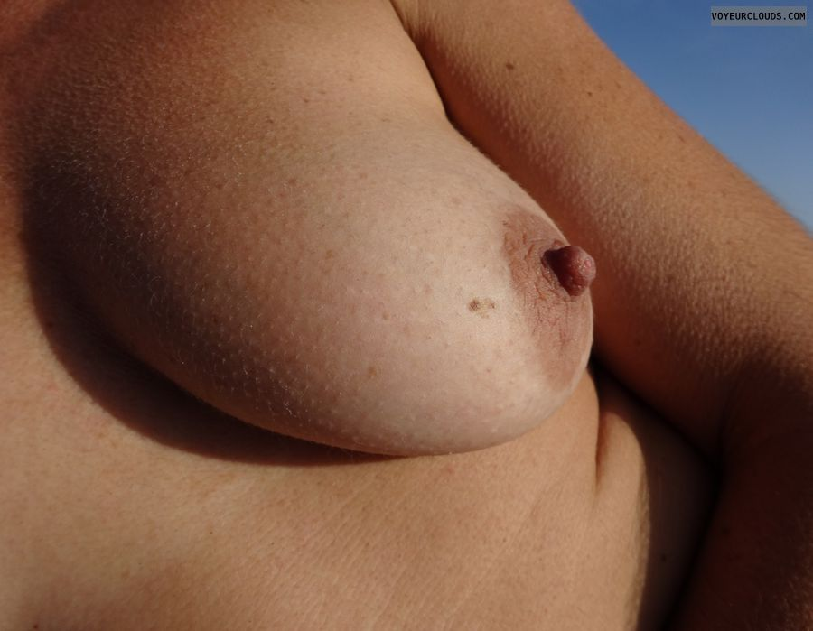 wife nipples, tit, tan, wife nipple