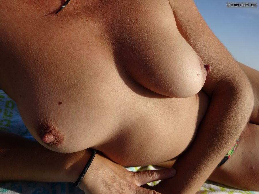 wife tits, beach, brunette, wife on a beach