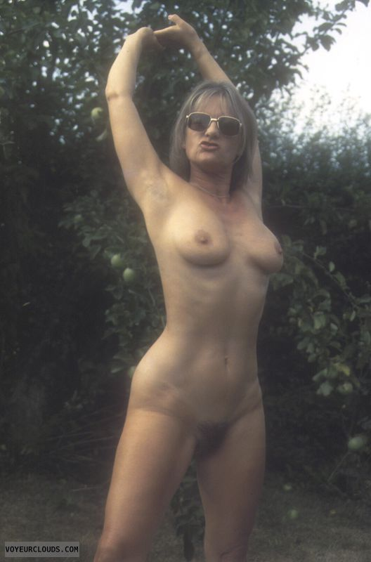 Thick mature huge tits