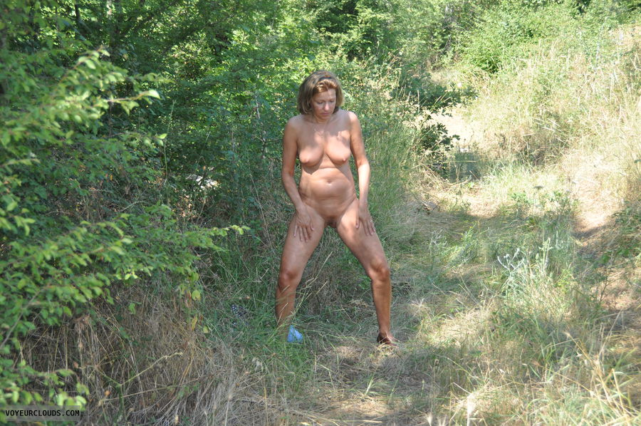 nude wife, outdoor, spread legs, nude amateur, naked wife
