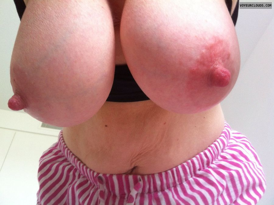milf tits, milf sex, milf nipples, very big nipples