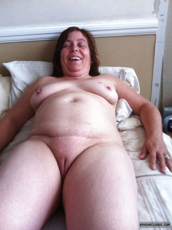 Nude milfs with shaved pussies