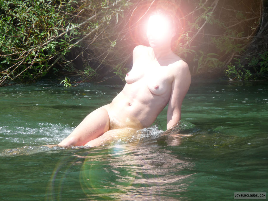 naked woman, outdoors, river swim, water, small boobs