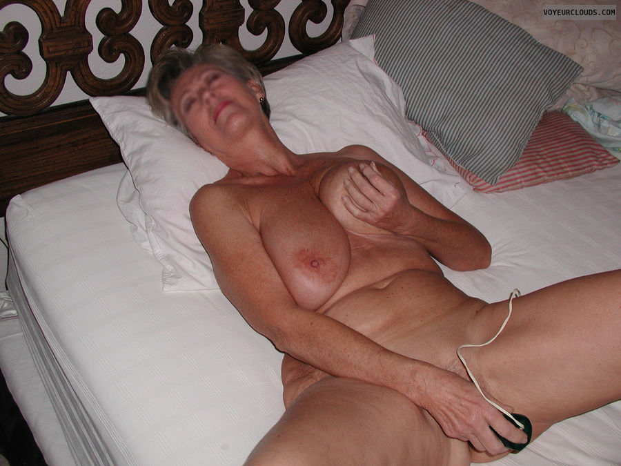 Mature wife masturbating with vibrator