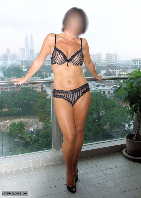 milf in lingerie | photos and videos - page 1 - voyeurclouds vcity