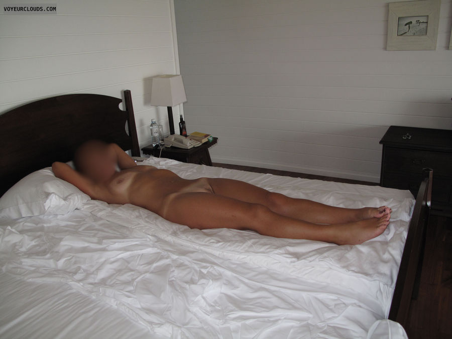 Wife naked on bed videos