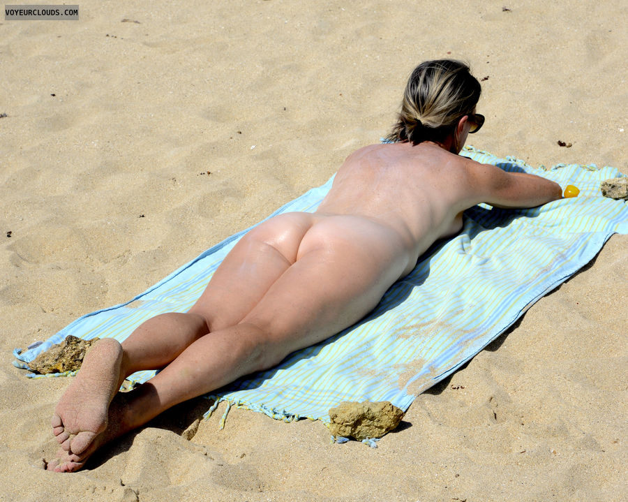 Naked wife tanning nude beach apologise
