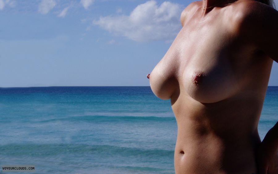 wife tits, wife nipples, wife boobies, beach pic, pink nipples